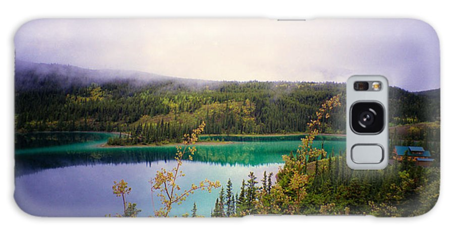 Emerald Lake Galaxy S8 Case featuring the photograph Emerald Lake by Suzanne Luft