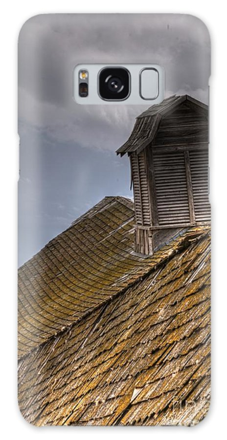 Detail Galaxy S8 Case featuring the photograph End Of An Era Roof Detail by Vivian Christopher