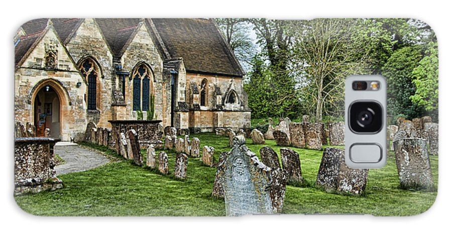 England Church Cemetary Yard Head Stone Grave Galaxy S8 Case featuring the photograph English Church Yard by Noel Lopez