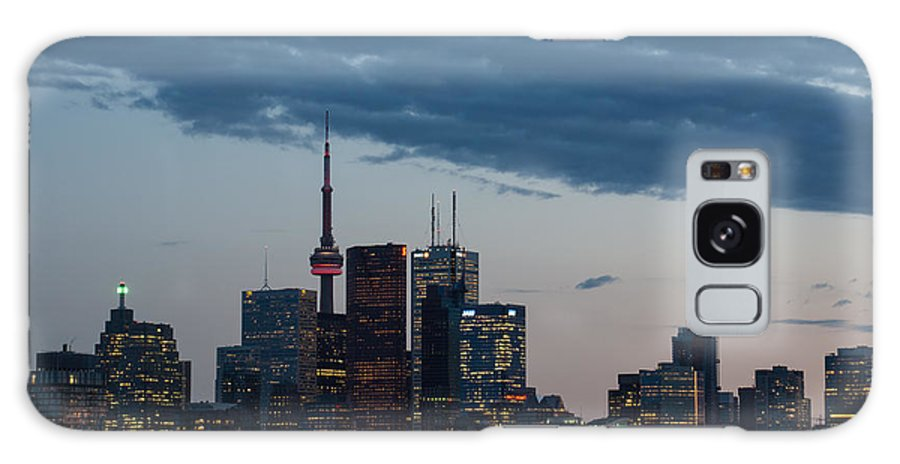 Toronto Galaxy S8 Case featuring the photograph Eventide - Slow Dusk In Toronto by Georgia Mizuleva