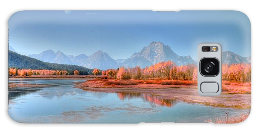 #lndscape #grand #teto Galaxy S8 Case featuring the photograph Fall At Oxbow Bend by Kathleen Struckle