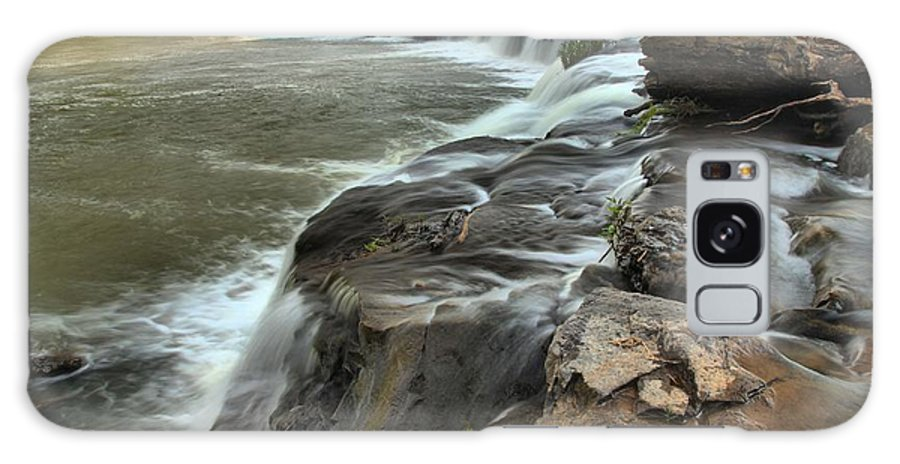West Virginia Waterfalls Galaxy S8 Case featuring the photograph Falling Across The New River by Adam Jewell