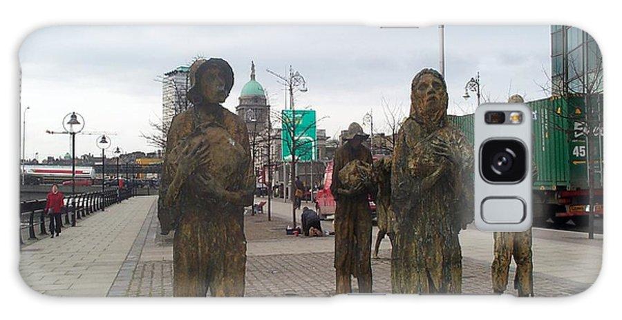 Statue Galaxy S8 Case featuring the photograph Famine Monument Dublin Ireland by Barbara McDevitt