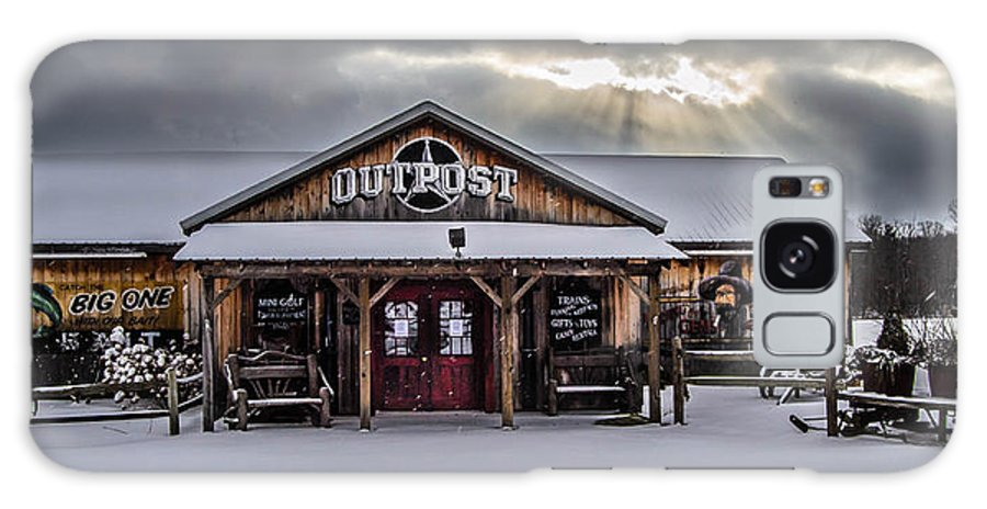 Farmers Inn Outpost Galaxy S8 Case featuring the photograph Farmers Inn Outpost by Anthony Thomas