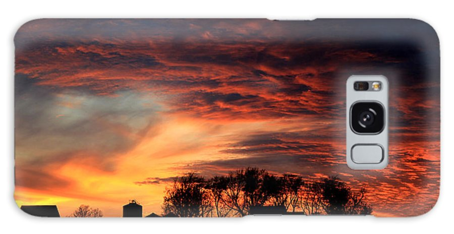 Dusk Galaxy S8 Case featuring the photograph Glorious Sky by Thomas Danilovich