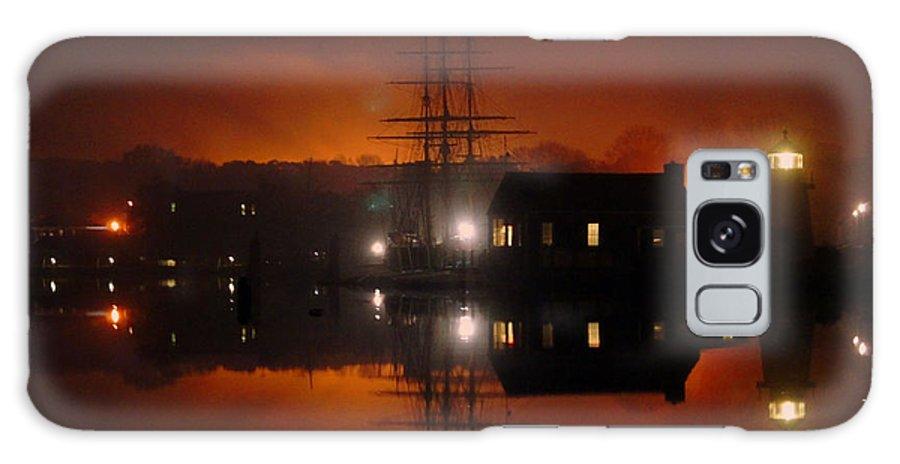 Ship Galaxy S8 Case featuring the photograph Firey Fog by Joe Geraci