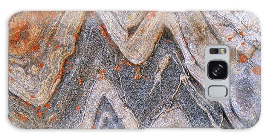 Granite Galaxy S8 Case featuring the photograph Folded Granite by Art Wolfe