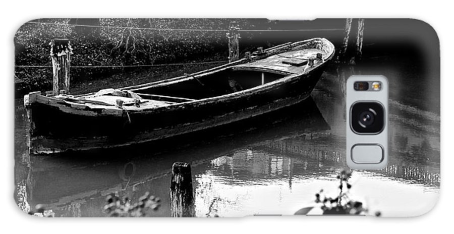 Boat Galaxy S8 Case featuring the photograph Forgotten by Donato Iannuzzi