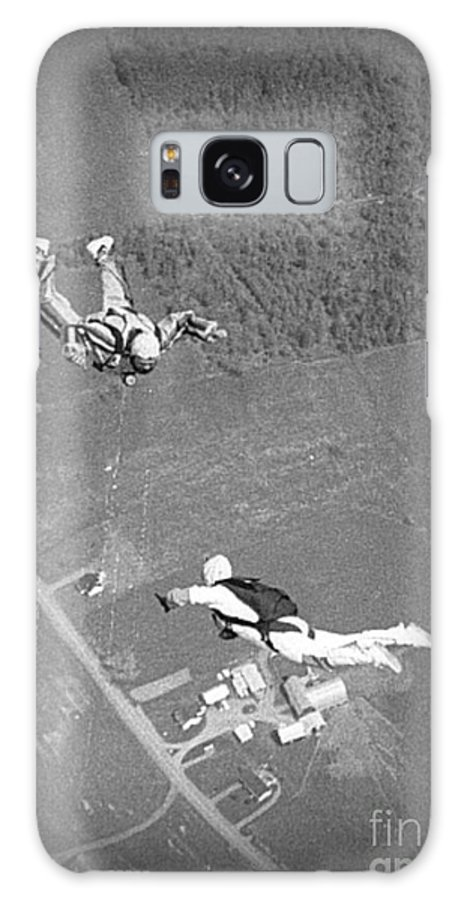 Freefalling Nova Scotia Skydivers In Stewiacke Galaxy S8 Case featuring the photograph Freefalling Nova Scotia Skydivers In Stewiacke by John Malone