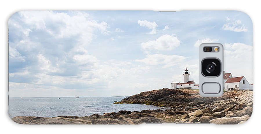Gloucester Galaxy S8 Case featuring the photograph Gloucester Lighthouse by John M Bailey