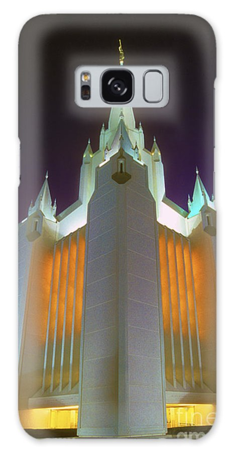 Mormon Galaxy S8 Case featuring the photograph Glowing Temple by Paul W Faust - Impressions of Light
