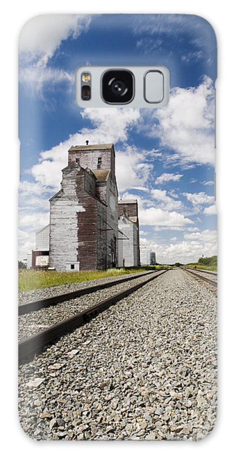 Abandoned Galaxy S8 Case featuring the photograph Grain Elevator by Gord Horne