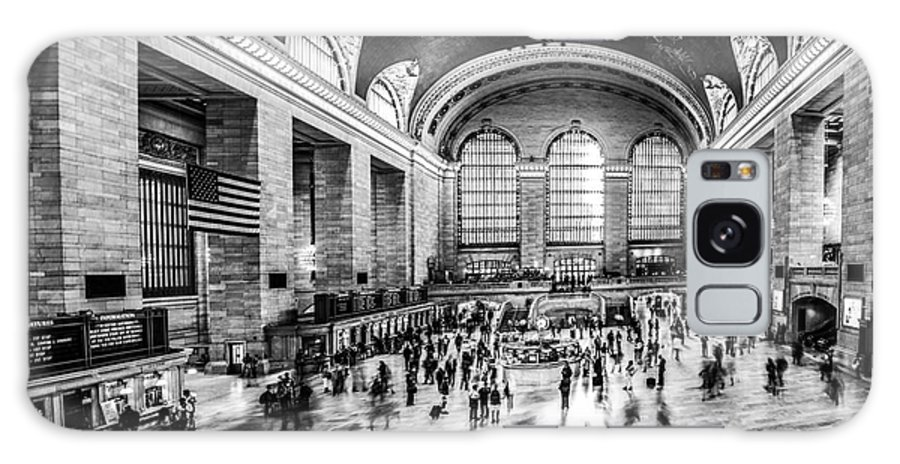 Nyc Galaxy S8 Case featuring the photograph Grand Central Station -pano Bw by Hannes Cmarits