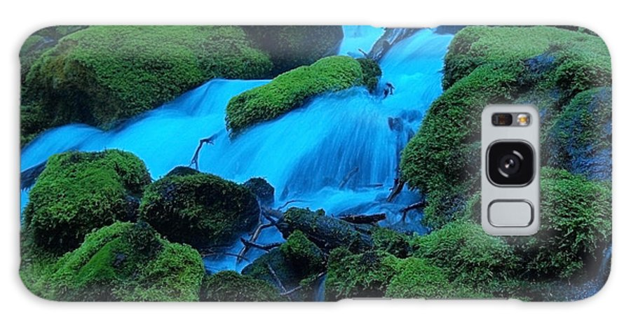 Water Galaxy S8 Case featuring the photograph Green Velvet Moss by Teri Schuster