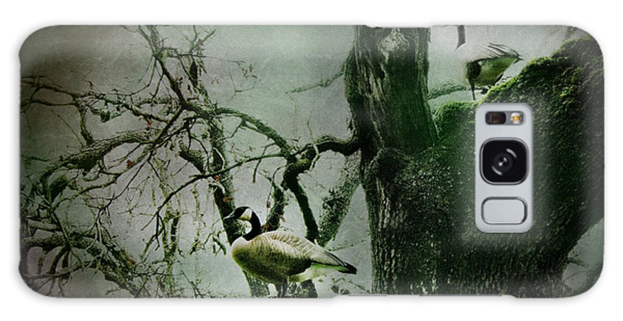 Geese Galaxy S8 Case featuring the photograph Guardians by Sally Bauer