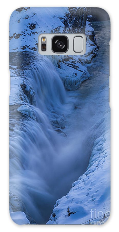 Iceland Galaxy S8 Case featuring the photograph Gullfoss by Fabian Roessler