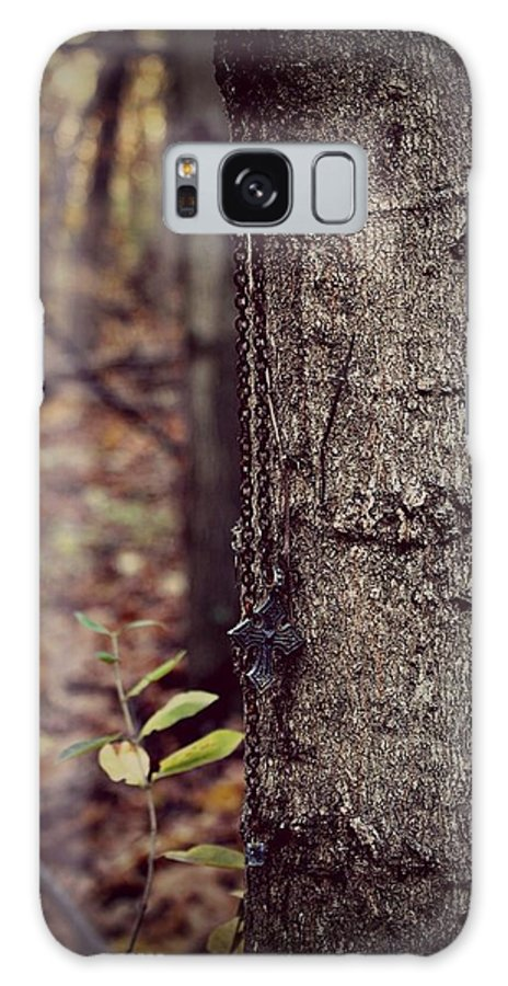 Necklace Galaxy S8 Case featuring the photograph Hanging Around by Rebecca Frank