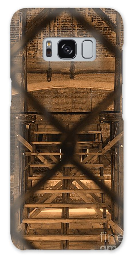 Newel Hunter Galaxy S8 Case featuring the photograph Hangman's Folly by Newel Hunter