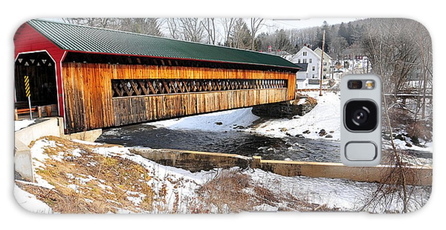 Ware Galaxy S8 Case featuring the photograph Hardwick Covered Bridge by Catherine Reusch Daley