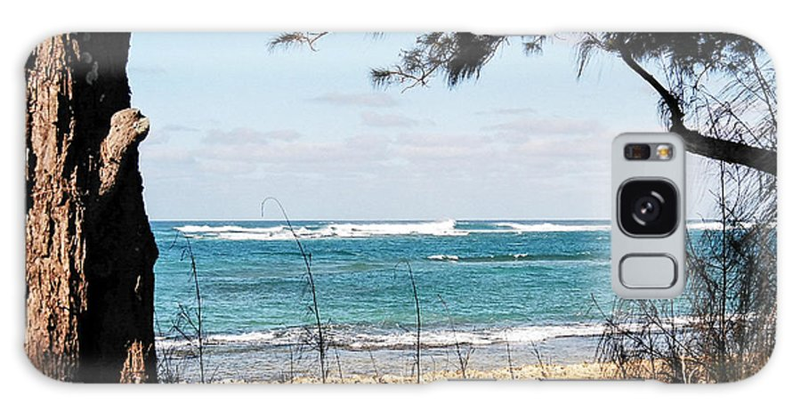 Landscape Galaxy S8 Case featuring the photograph Hawaiian Beach by Jason Picard