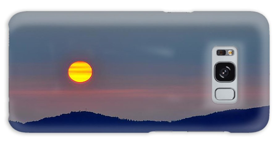 Sunset Galaxy S8 Case featuring the photograph Hazy Sunset by Doug Farmer