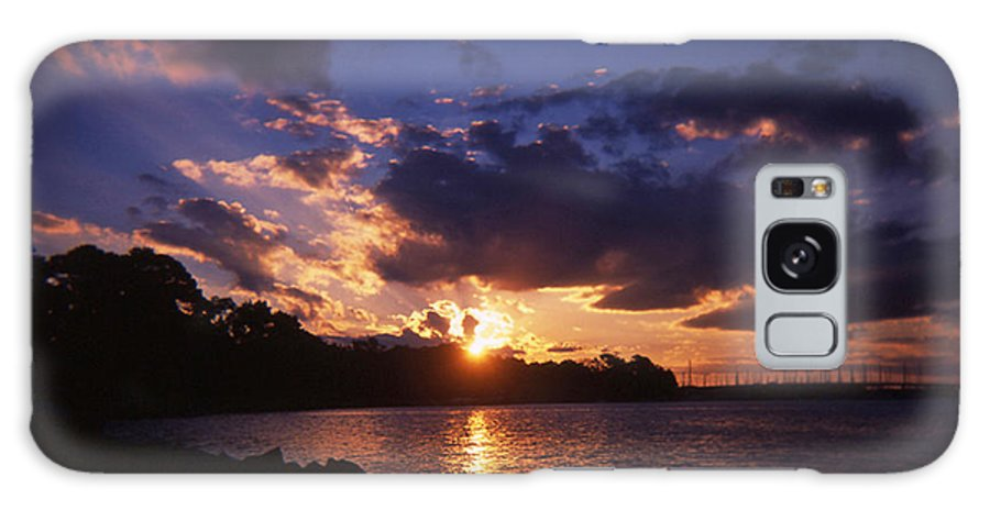 Jacksonville Galaxy S8 Case featuring the photograph Holga Sunset by Sarah Dowd