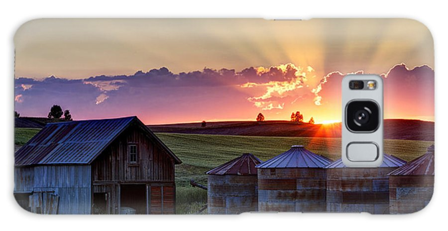 Cheney Galaxy S8 Case featuring the photograph Home Town Sunset by Mark Kiver