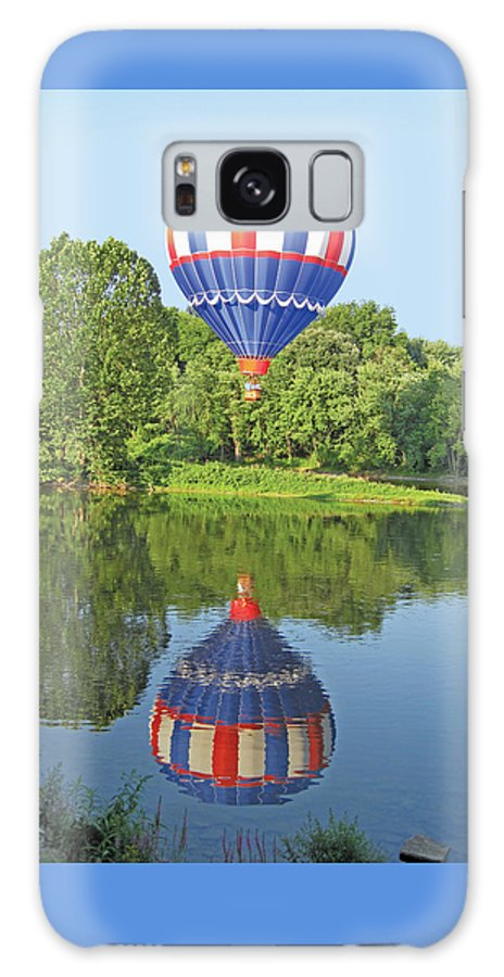 Hot Air Balloon Galaxy S8 Case featuring the photograph Hot Air Balloon Reflection by Lucinda V VanVleck