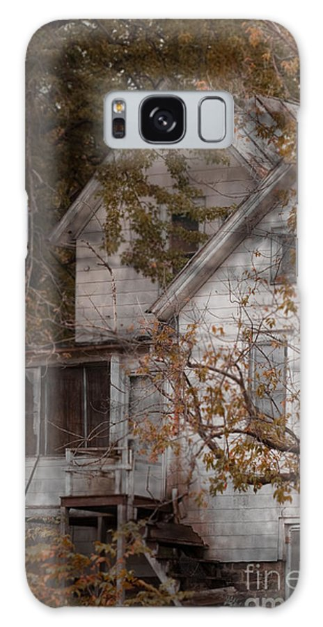Abandoned; Home; House; Old; Farmhouse; Spooky; Peeling Paint; Derelict; Neglected; Sidewalk; Creepy; Dark; Entrance; Stairs; Door; Haunted; Porch; Eerie; Scary; Ruin; Mood; Gloomy; Rural Galaxy S8 Case featuring the photograph House In Fall by Margie Hurwich