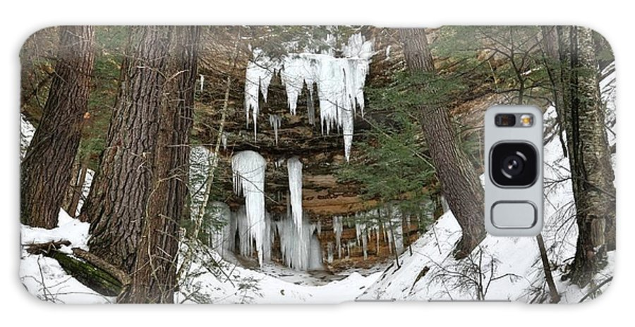 Upper Peninsula Galaxy S8 Case featuring the photograph Icicle Formations In The Upper Peninsula by Kathryn Lund Johnson
