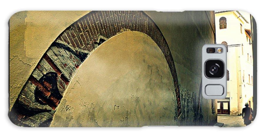 Il Muro Galaxy S8 Case featuring the photograph Il Muro by Micki Findlay