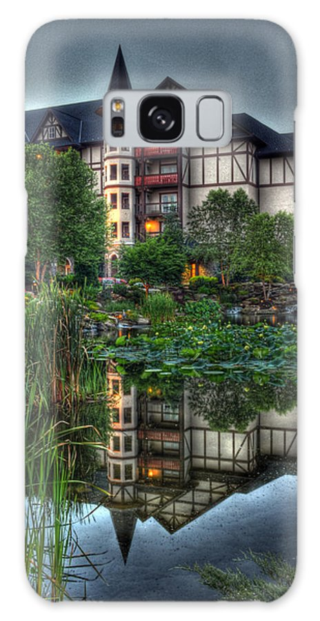 The Inn At Christmas Place Galaxy S8 Case featuring the photograph Inn The Reflection by Greg and Chrystal Mimbs