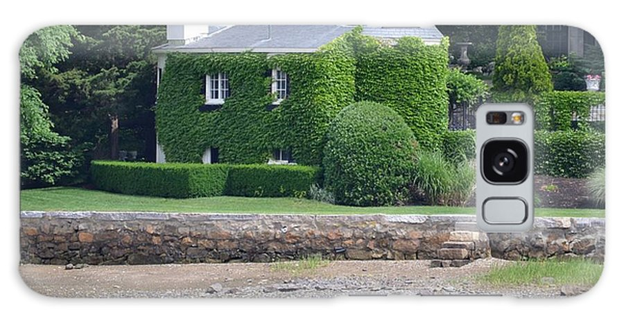 Ivy Galaxy S8 Case featuring the photograph Ivy House by Chris Carswell
