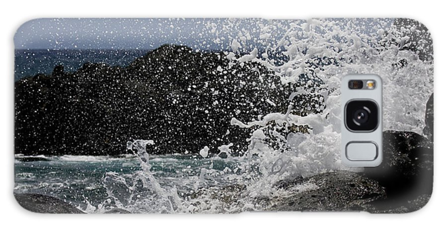 Ka'ena Point Galaxy S8 Case featuring the photograph Ka'ena Point Surf by Sandy Swanson