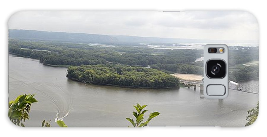Mississippi Galaxy S8 Case featuring the photograph Lansing Bridge Panoramic by Bonfire Photography