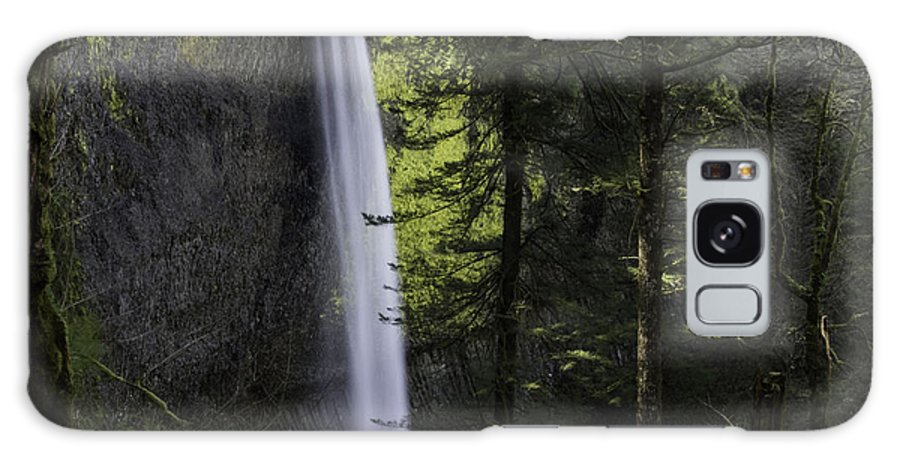 Latourell Falls Galaxy S8 Case featuring the photograph Latourell Falls by Tim Moore