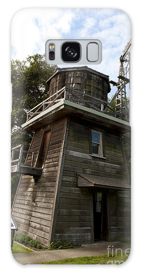 Leal Tank House Galaxy S8 Case featuring the photograph Leal Tank House by Jason O Watson