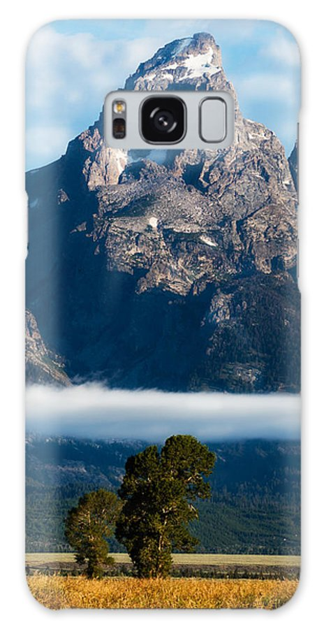 Tetons Galaxy S8 Case featuring the photograph Lenticular Peak by Kirk Strickland