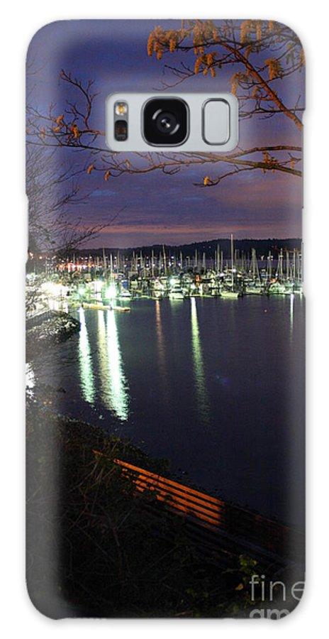 Boat Galaxy S8 Case featuring the photograph Liberty Bay At Night by Vicki Maheu