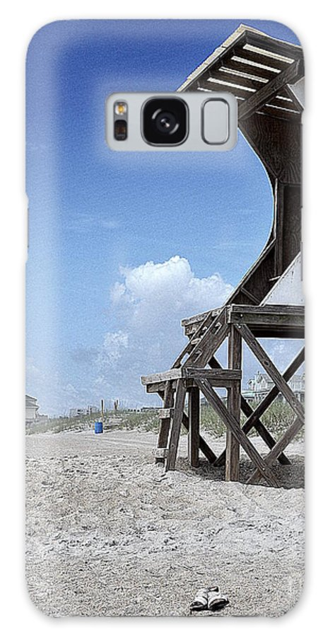 Life Guard Station Galaxy S8 Case featuring the photograph Life Guard Station by Amy Lucid