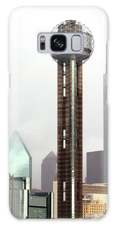 Landmark Galaxy S8 Case featuring the photograph Lifting Fog On Dallas Texas by Robert Frederick