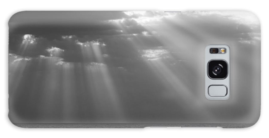 Ocean Galaxy S8 Case featuring the photograph Light From Heaven by Ralph Staples