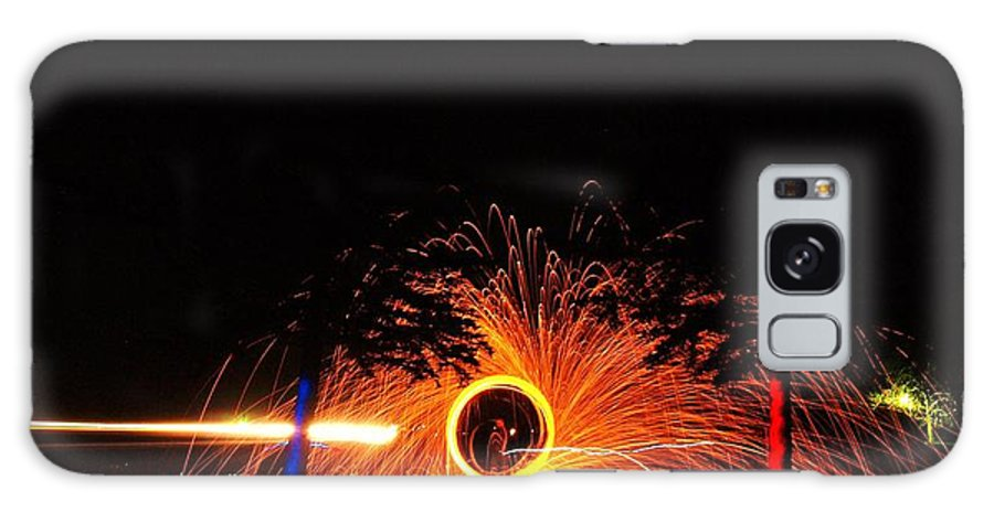 Steel Wool Galaxy S8 Case featuring the photograph Light Zoiders by Ransom Williams