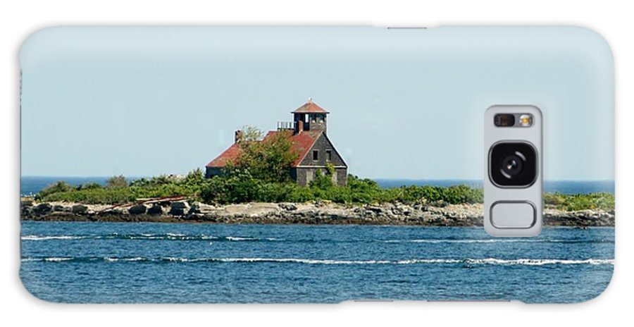 Galaxy S8 Case featuring the photograph Lighthouse Keepers Residence by Barbara S Nickerson