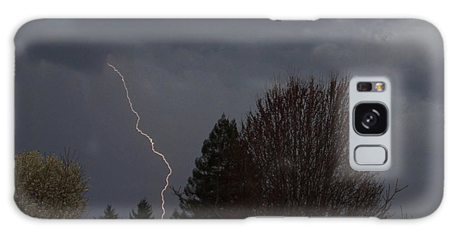 Grants Pass Galaxy S8 Case featuring the photograph Lightning Over Grants Pass by Mick Anderson