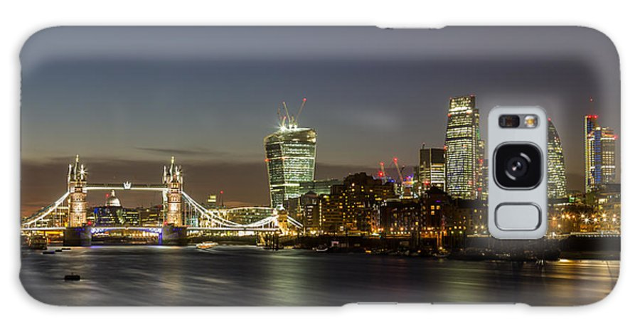 Copyspace Galaxy S8 Case featuring the photograph London City And Tower Bridge by Travel and Destinations - By Mike Clegg