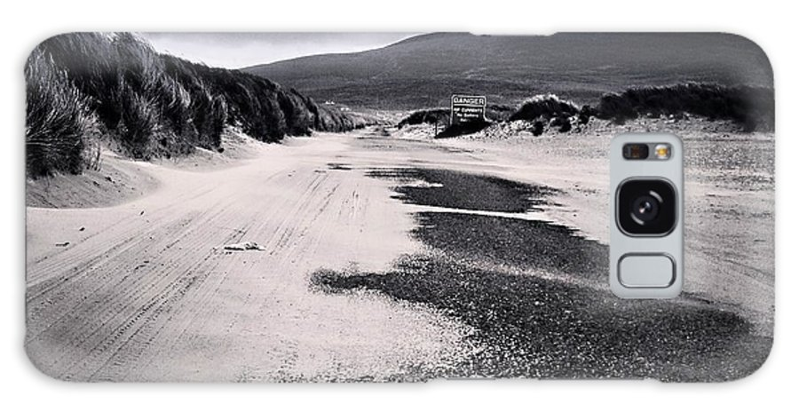 Achill Galaxy S8 Case featuring the photograph Lonely Path by Ronan Courell