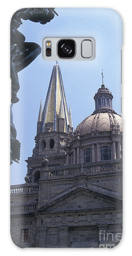 Mexico Galaxy S8 Case featuring the photograph Looking At The Cathedral Guadalajara Mexico by John Mitchell