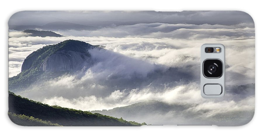 Rock Galaxy S8 Case featuring the photograph Looking Glass Rock by Rob Travis