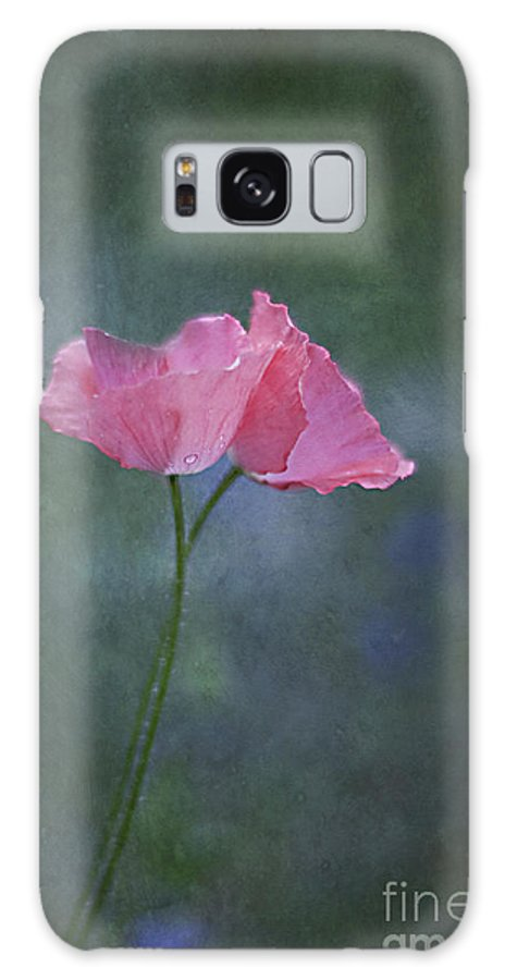 Poppy Galaxy S8 Case featuring the photograph Lover's Dance by Maria Ismanah Schulze-Vorberg